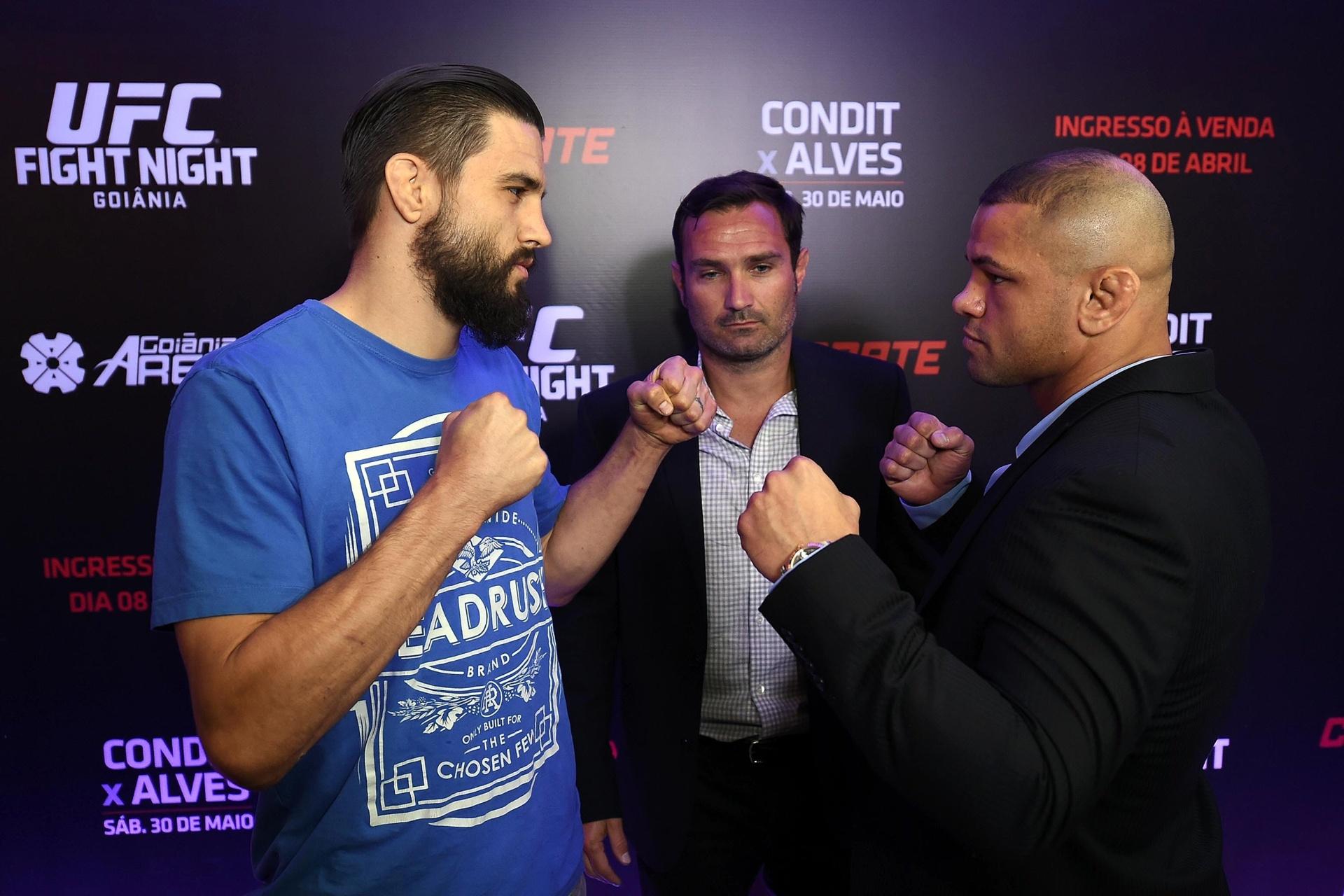 Carlos Condit e Thiago Pitbull fazem a luta principal do matutino UFC Goiânia, em 30 de maio