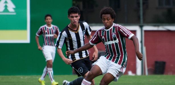 Vasco é acusado de aliciar o jogador Paulo Victor, que estava no sub-15 do Fluminense