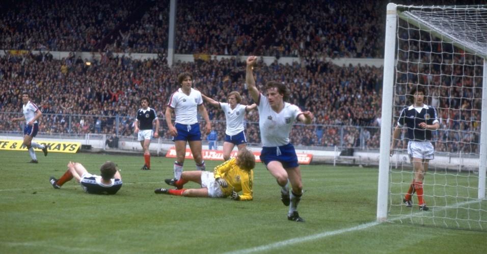 Apesar de bons jogadores, Inglaterra acumulou fracassos nos anos 1970 e 1980