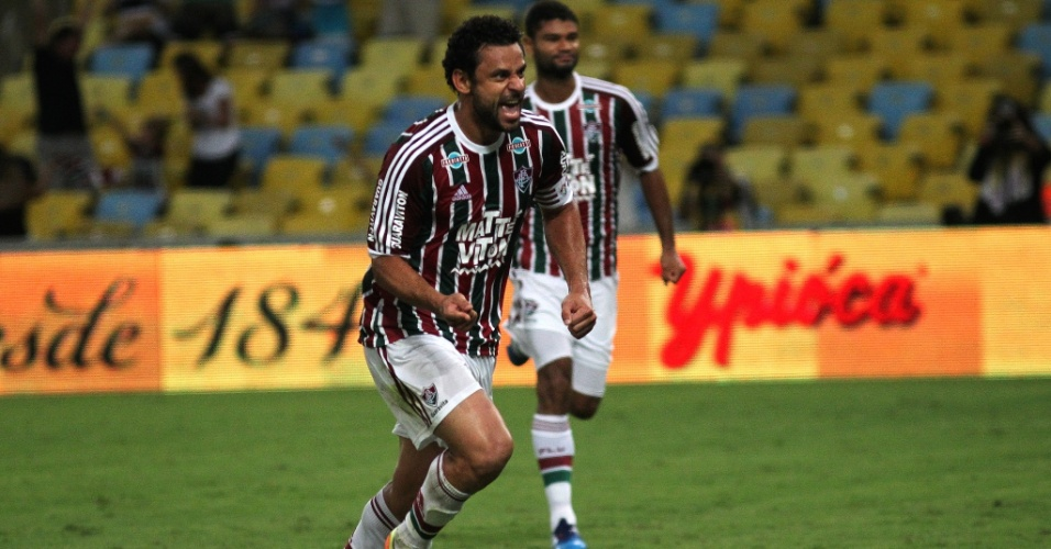 Fred celebra gol de pênalti marcado no segundo tempo da partida Fluminense e Botafogo, pelo Carioca
