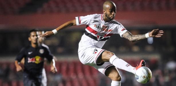 O volante Wesley está fora do duelo do São Paulo com o Coritiba, no domingo