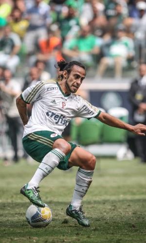 Valdivia sai do banco para mudar o jogo para o Palmeiras