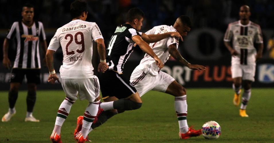 Botafogo e Fluminense disputam no Engenhão uma vaga na final do Campeonato Carioca