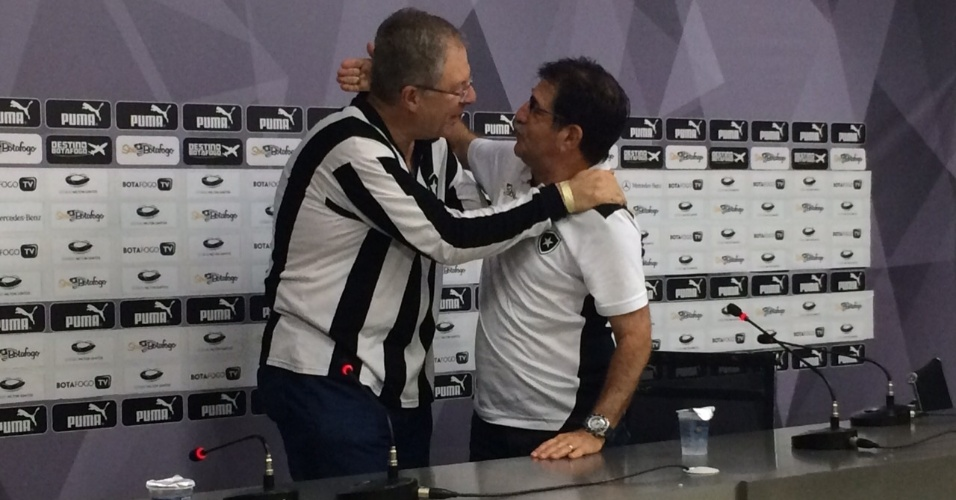 Presidente do Botafogo cumprimenta René Simões após a vaga na final do Carioca