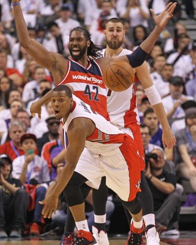 Quem também se deu bem na abertura dos playoffs, na vitória do Washington Wizards, foi o brasileiro Nenê. Com boa atuação, o pivô dominou o garrafão, com 13 rebotes, além de 12 pontos