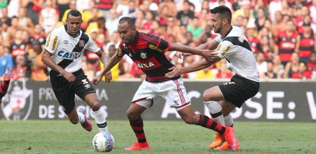 Fla reclamou da arbitragem, mas 15 dias sem gols foram decisivos em queda