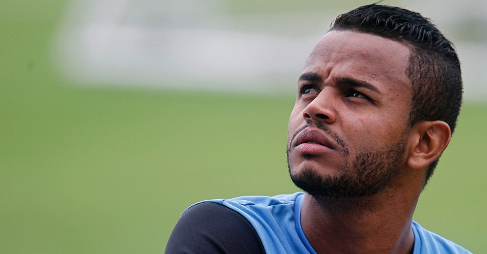 Pedro Rosa, novo lateral esquerdo do Botafogo