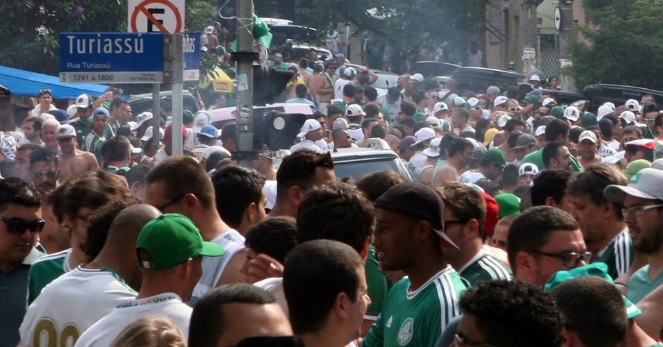 Trecho da Rua Turiassú foi renomeado em homenagem ao Palmeiras