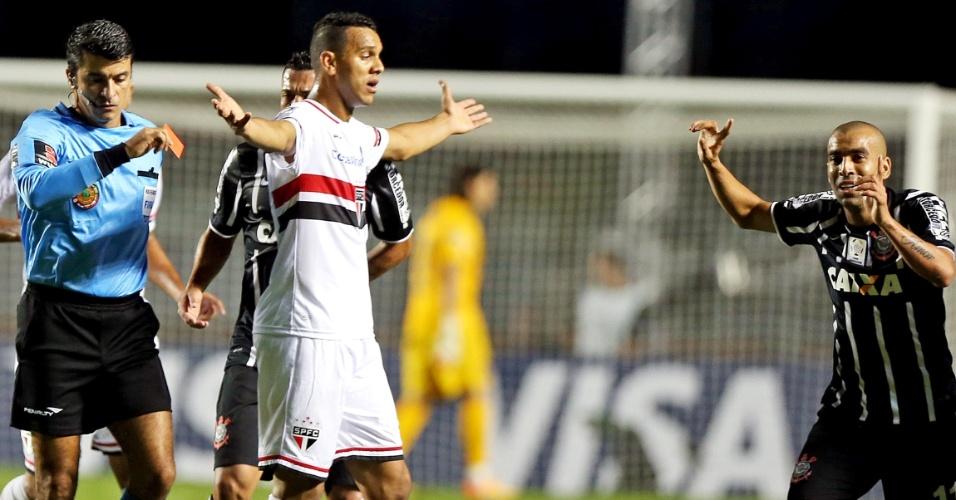 Emerson nega agressão a Rafael Toloi depois de tomar cartã vermelho na partida São Paulo e Corinthians, na Libertadores