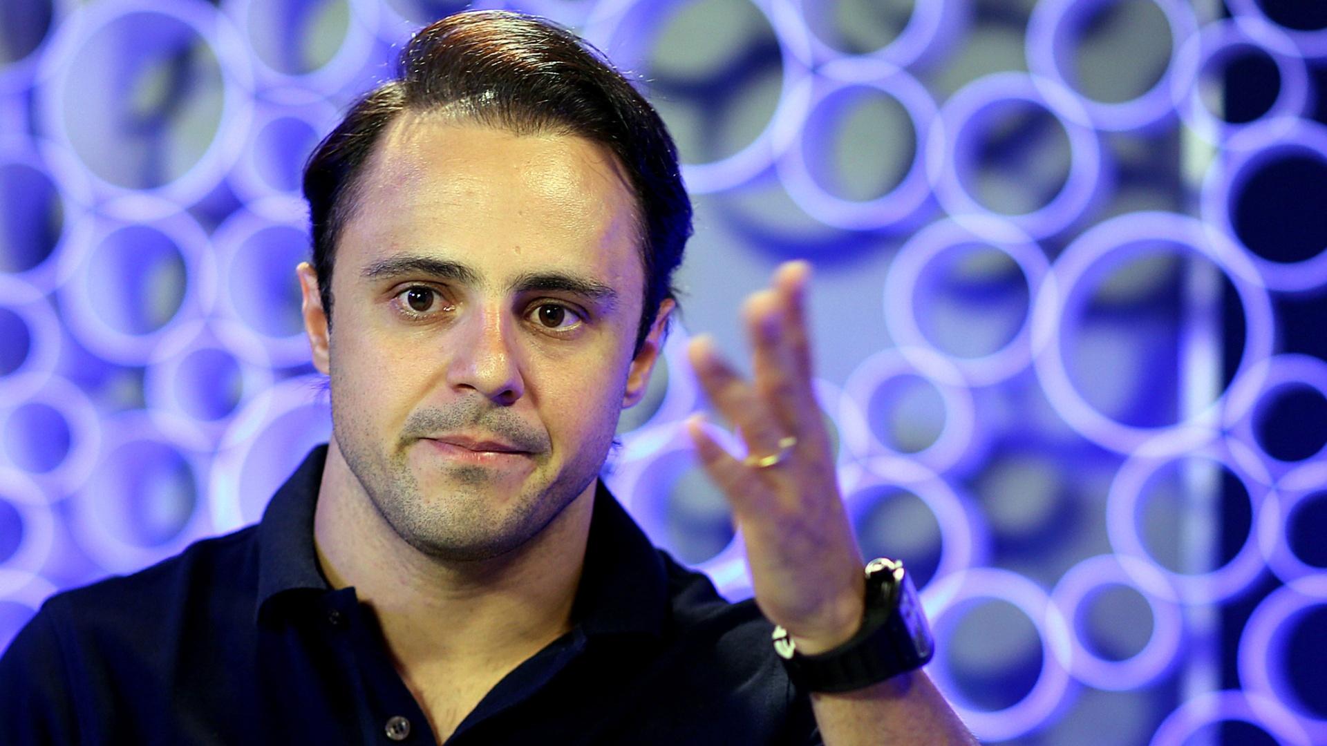 Felipe Massa esteve na redação do UOL na quarta-feira