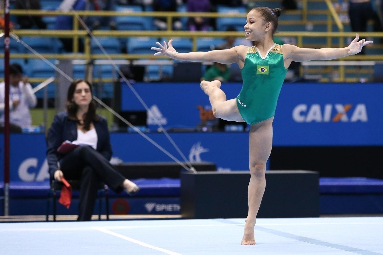 No solo, a brasileira avançou para a final na primeira colocação