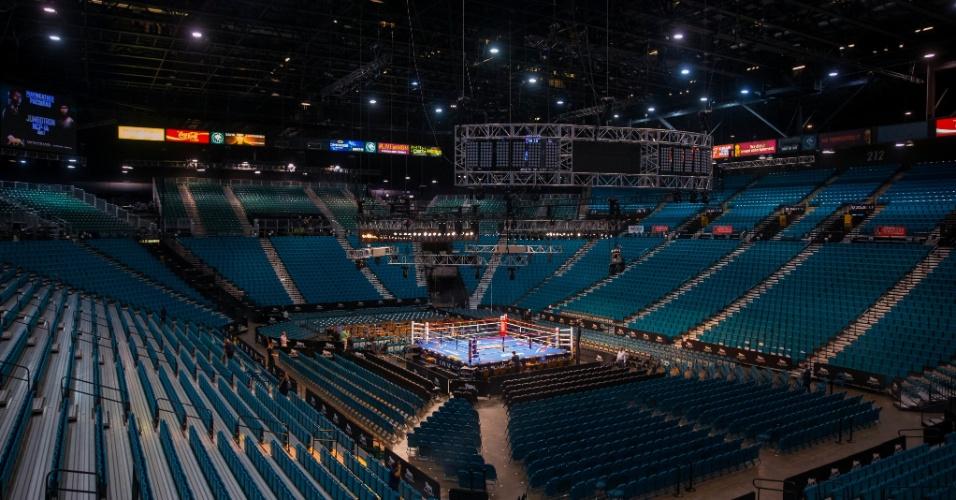 Ingressos para a luta entre Floyd Mayweather Jr. e Manny Pacquiao que acontecerá no MGM Grand Garden Arena se esgotaram em um minuto