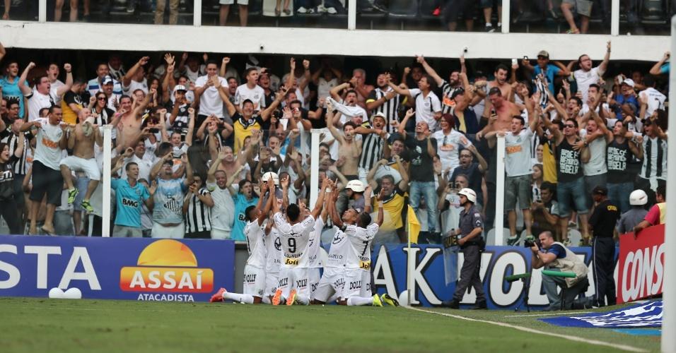 Jogadores do Santos comemoram gol de David Braz na final do Paulista