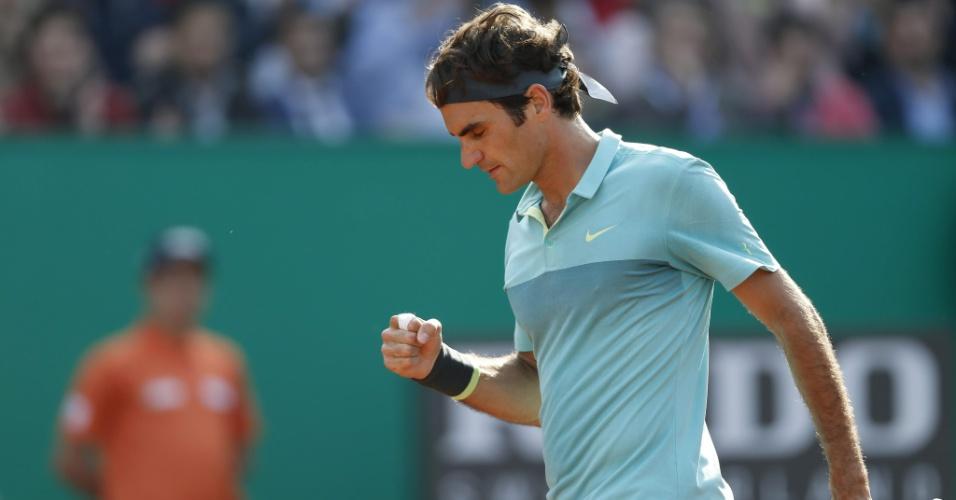 Roger Federer comemora ponto conquistado contra Pablo Cuevas, em Istambul