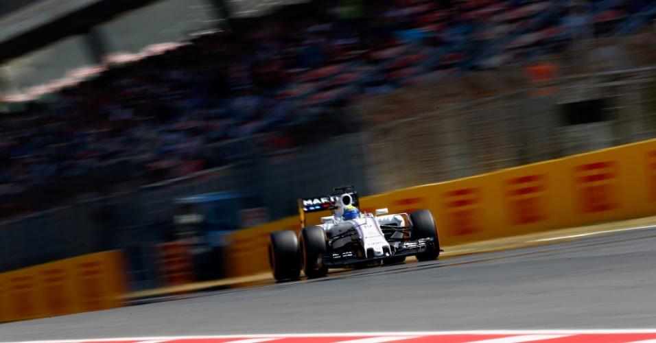 09.mai.2015 - Felipe Massa 'rasga' a reta do circuito de Barcelona durante o treino de classificação do GP da Espanha