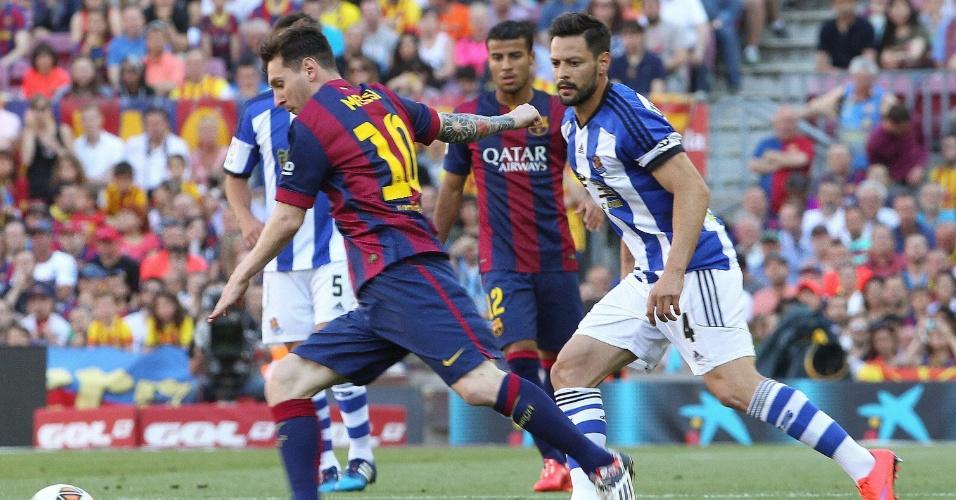 Messi em ação durante o jogo Barcelona e Real Sociedad, válido pela 36ª rodada do Campeonato Espanhol