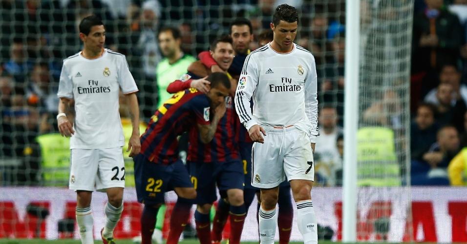 Cristiano Ronaldo lamenta gol sofrido pelo Real Madrid contra o Barcelona