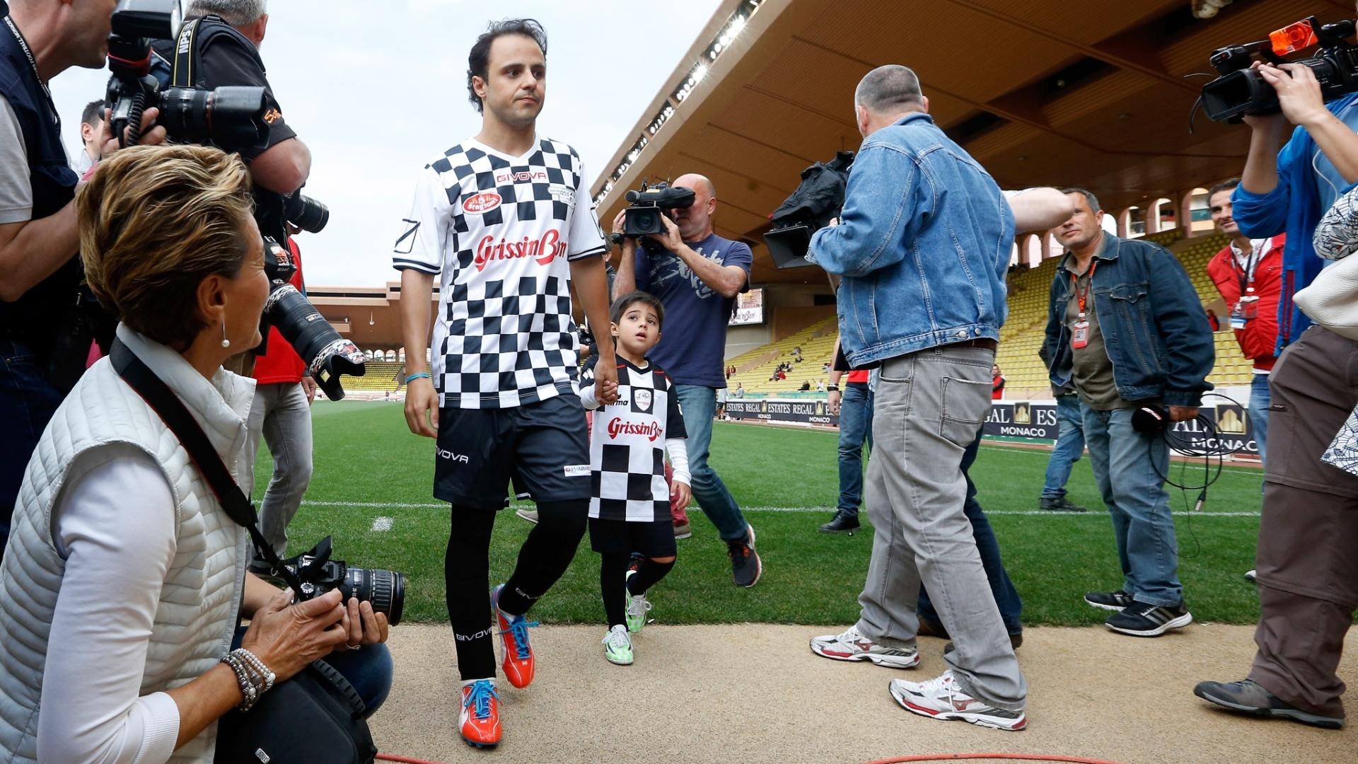 Massa levou o filho Felipinho para acompanhar o pai na pelada em Mônaco