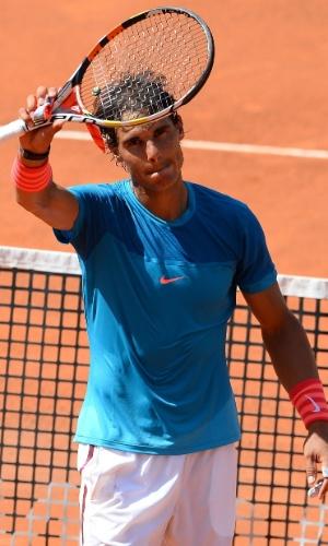Rafael Nadal agradece o público no Masters 1000 de Roma