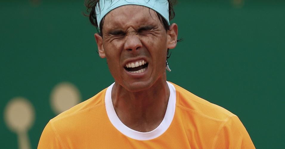 Rafael Nadal faz careta na semifinal do Masters 1000 de Monte Carlo