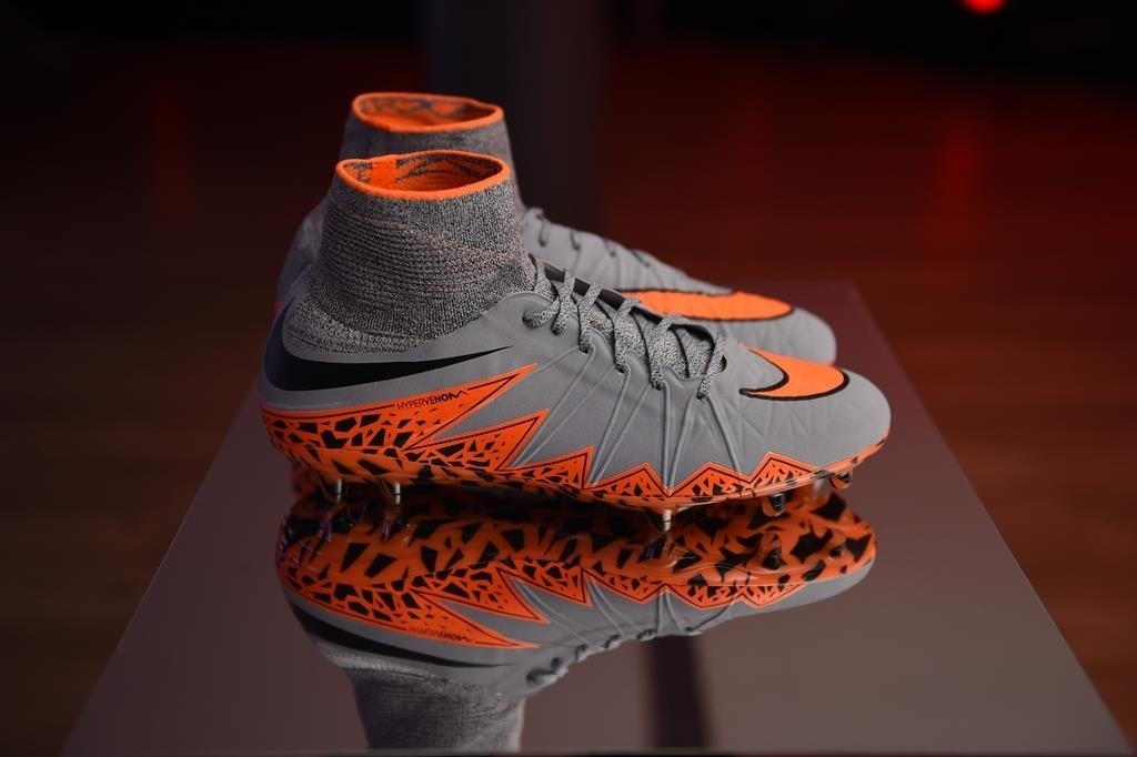 Nike apresenta sua chuteira Hypervenon II