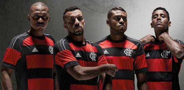 Flamengo divulgou a sua camisa rubro-negra para temporada 2015
