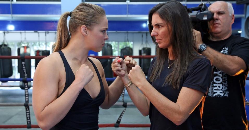 Glenda Kozlowski entrevista Ronda Rousey, em 2014, para o programa Esporte Espetacular