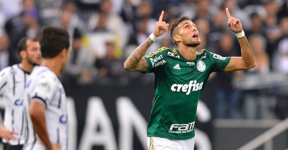 Rafael Marques comemora gol do Palmeiras contra o Corinthians pelo Campeonato Brasileiro
