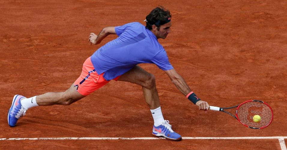 Federer se esforça em partida das quartas de final em Roland Garros
