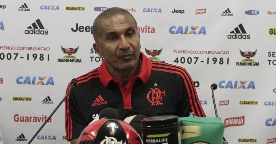 Cristóvão Borges concede entrevista coletiva no Flamengo