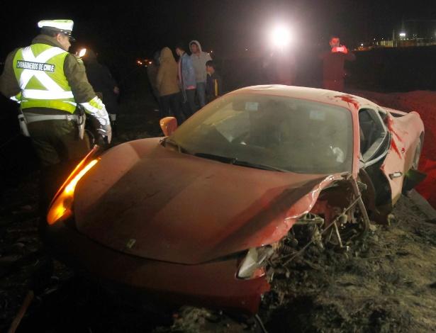 Ferrari de Vidal após acidente envolvendo três carros