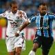 """""""Quando não joga bonito, tem que vencer"""", diz atacante do Grêmio após 1 a 0"""