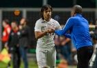 Corinthians vence lanterna com partida segura e pressiona líder Palmeiras