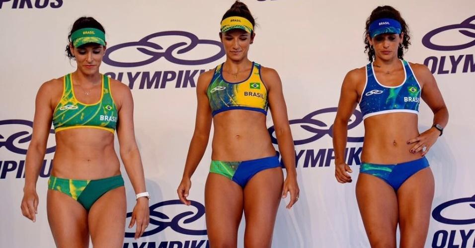 Apresentação do uniforme olímpico do vôlei de praia feminino