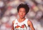 Dona de dois recordes mundiais do atletismo admite doping e pode perdê-los