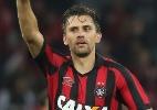 Paulo André desfalca Atlético-PR no clássico. Kleber pode reforçar Coritiba - GIULIANO GOMES/ESTADÃO CONTEÚDO