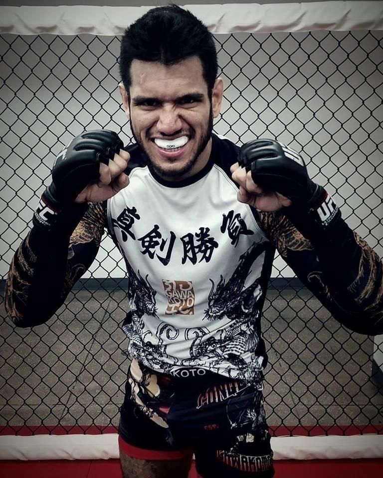 Philllipe Nover, norte-americano que enfrentará Renan Barão no UFC Brasília