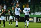 Coritiba vence o América-MG e se afasta do rebaixamento do Brasileirão - Jason Silva/AGIF