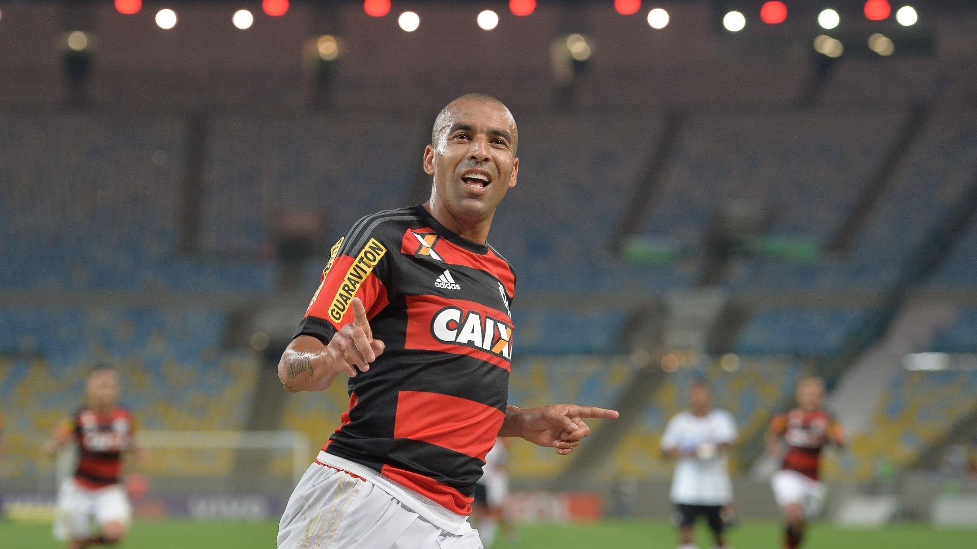 Emerson Sheik comemora o seu gol marcado contra o Atlético-PR, no Campeonato Brasileiro