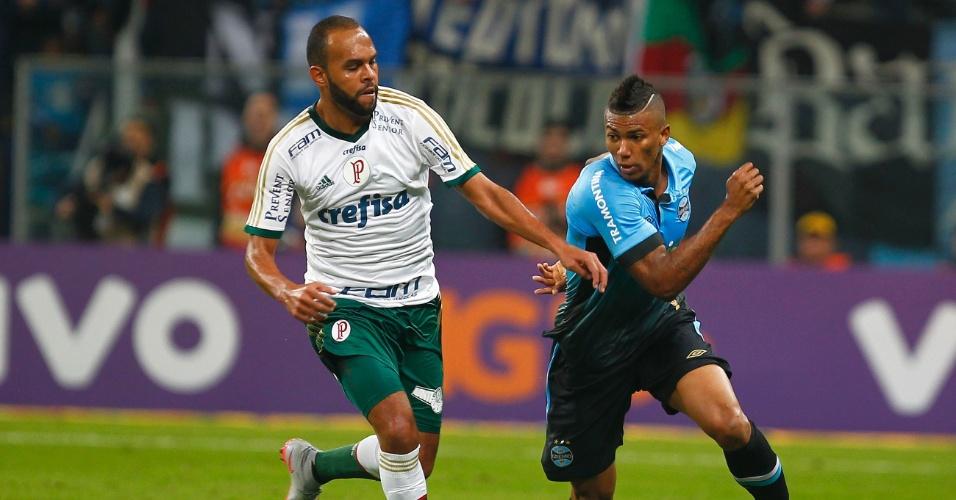 Alecssandro faz sua segunda partida pelo Palmeiras, contra o Grêmio, no Brasileirão