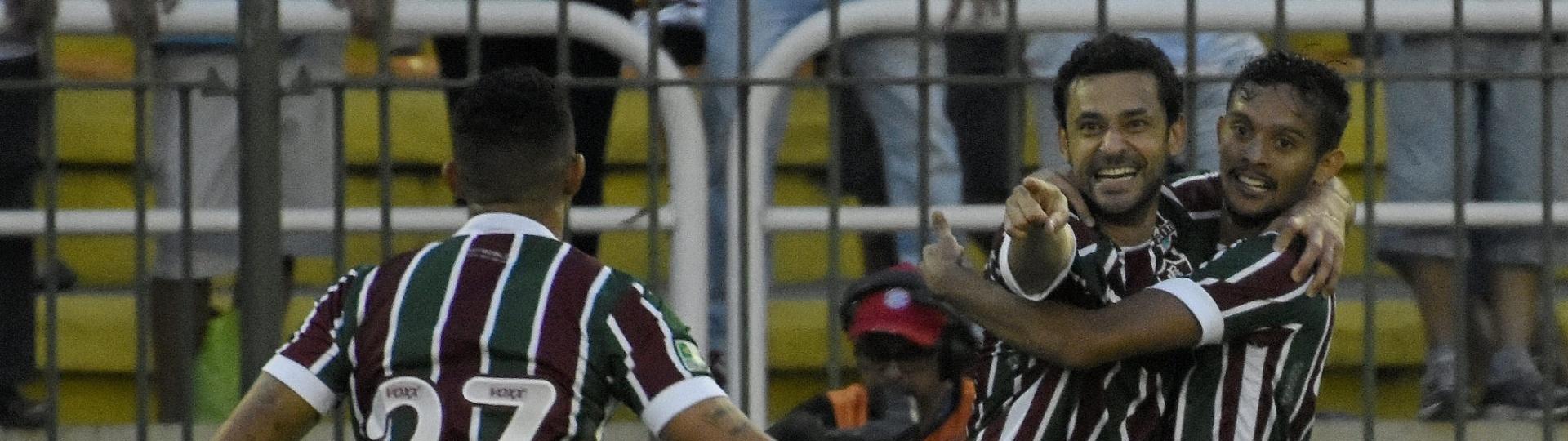 Fred comemora gol do Fluminense contra o Botafogo em clássico carioca pelo Brasileirão