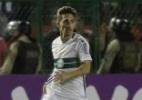 Carpegiani confirma, e Berola fará sua estreia como titular no Coritiba - Divulgação/Coritiba