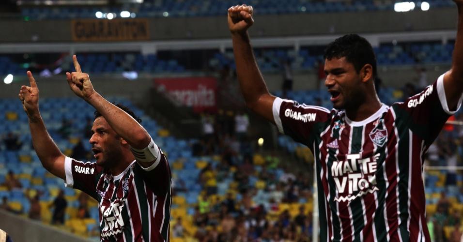 Fred e Gum comemoram após o Fluminense abrir o placar contra o Palmeiras pela Copa do Brasil