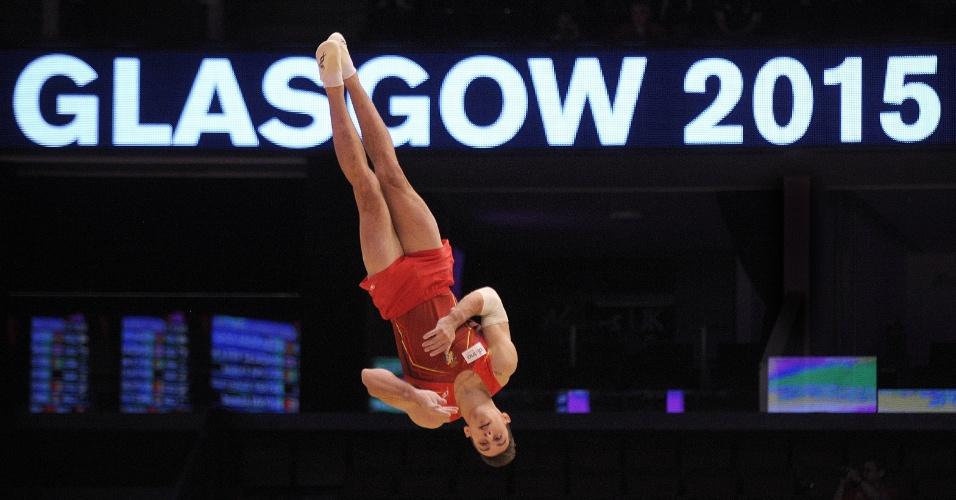 Adria Vera, ginasta espanhol, durante apresentação na eliminatória do Mundial de ginástica artística