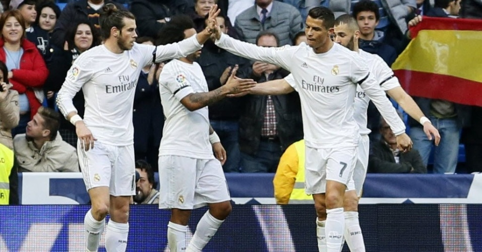 Cristiano Ronaldo e Gareth Bale comemoram gol do Real Madrid contra o Rayo Vallecano pelo Campeonato Espanhol
