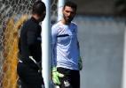 Satisfeito, Santos já negocia renovação com seus dois goleiros