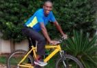 Ex-Corinthians e Inter só andava de bicicleta e aprendeu a dirigir