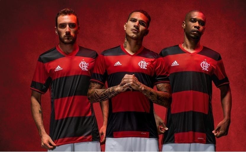 Mancuello, Guerrero e Juan apresentam a nova camisa do Flamengo