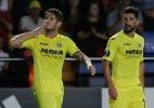 Pato brilha, Villarreal vence e encosta nos líderes do Espanhol