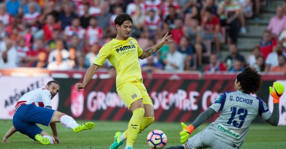 Pato desperdiça chance para o Villarreal